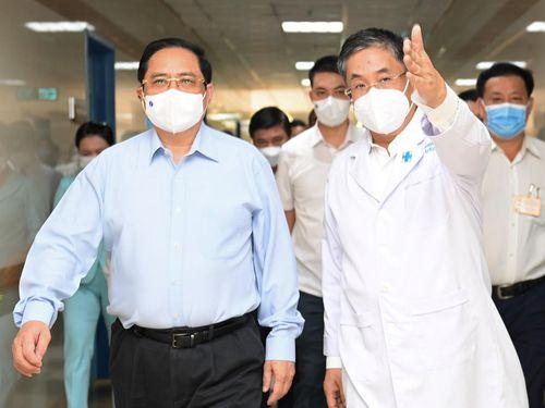 Thủ tướng: Tư tưởng chủ quan, mất cảnh giác đã xuất hiện ở bệnh viện