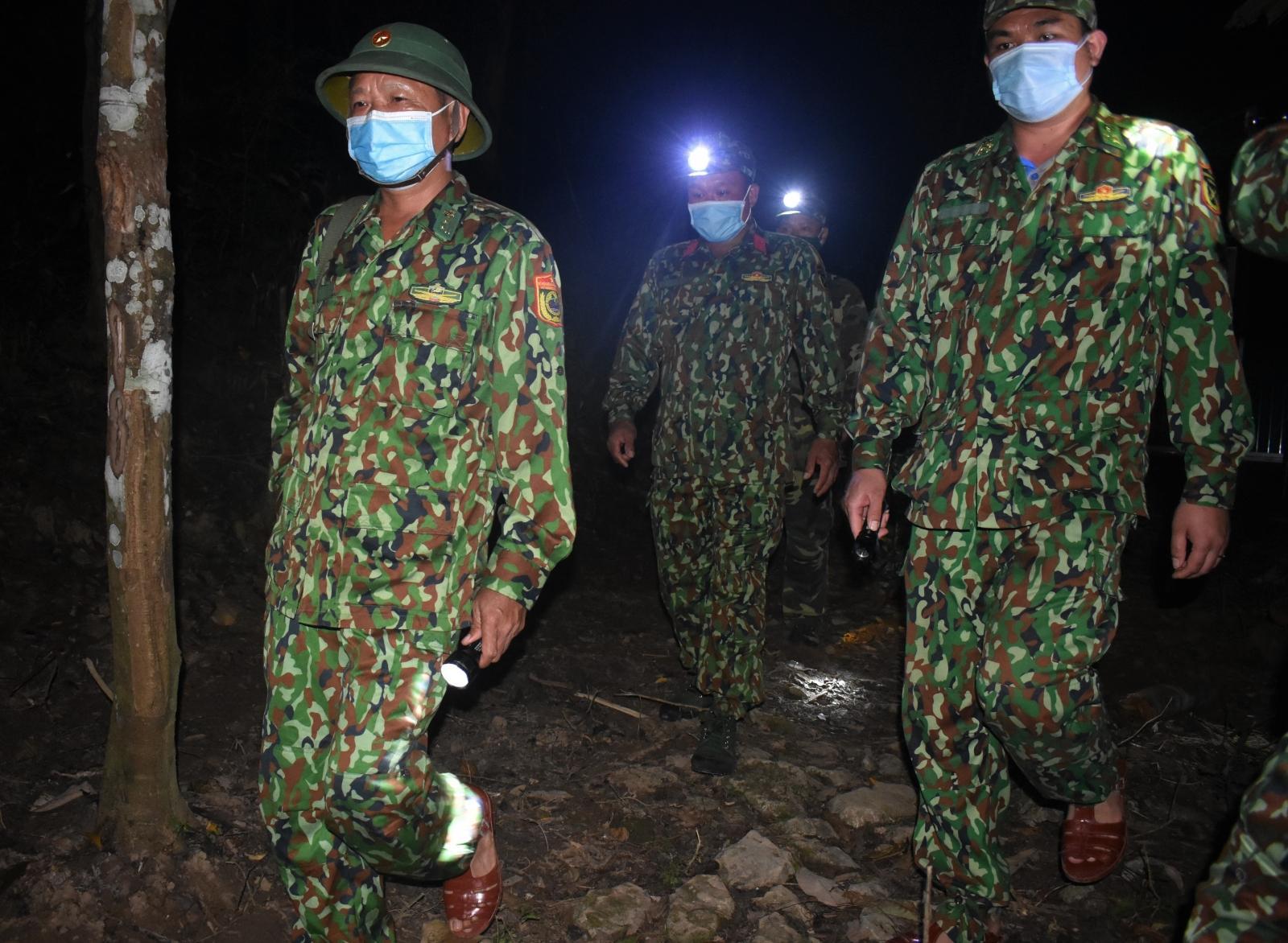 Quảng Bình: Bộ đội biên phòng căng mình phòng chống dịch