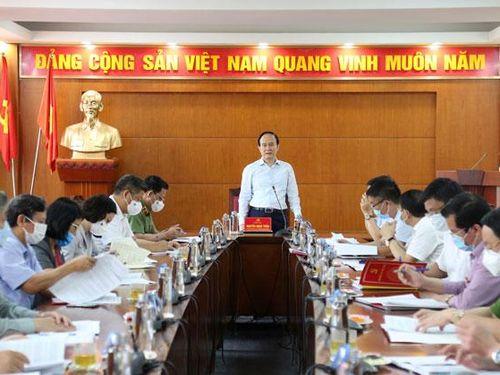 Huyện Mê Linh tăng cường kiểm tra công tác chuẩn bị bầu cử gắn với phòng, chống dịch Covid-19