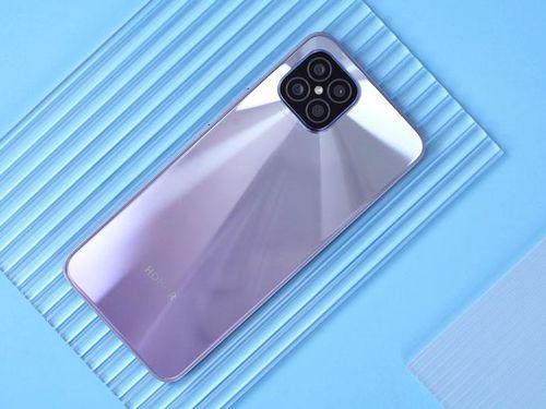 Smartphone 5G cấu hình tốt, màn hình OLED, sạc 66W, giá rẻ bất ngờ