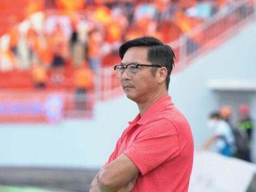HLV từng phản đối thầy Park được đội bóng V-League trải tiền tỷ mời về
