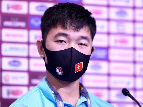 Xuân Trường: 'Tiền vệ Malaysia xoay xở không bằng cầu thủ Việt Nam'