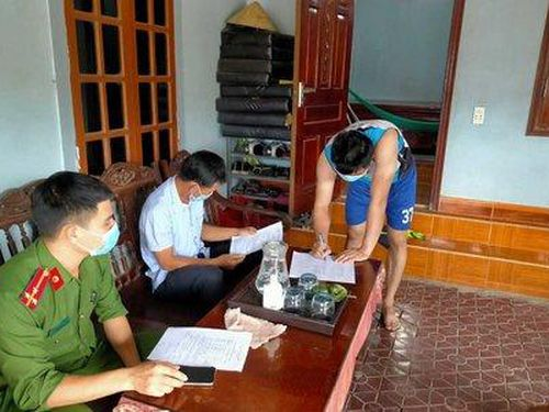Hà Tĩnh: Ba người không thực hiện cách ly y tế tại nhà bị phạt 20 triệu đồng