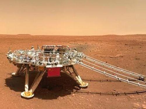 Trung Quốc công bố những hình ảnh mới chụp Sao Hỏa bằng tàu tự hành