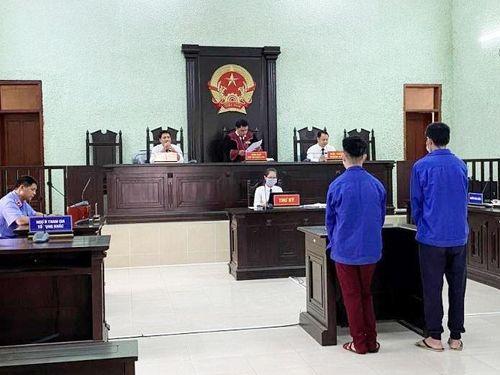 11 năm tù cho 2 đối tượng đưa 8 người nhập cảnh trái phép vào Việt Nam