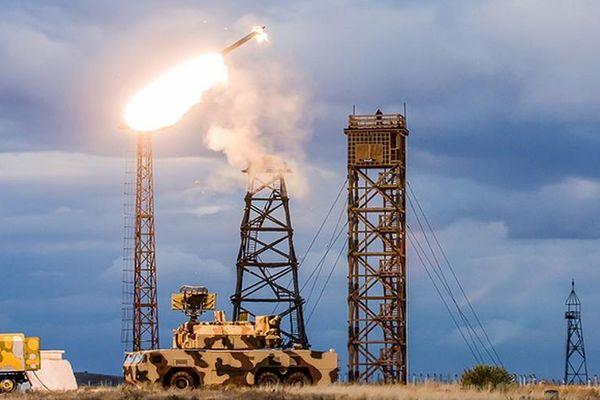 Vì sao NATO phải khiếp sợ tên lửa Tor-M2U Nga?