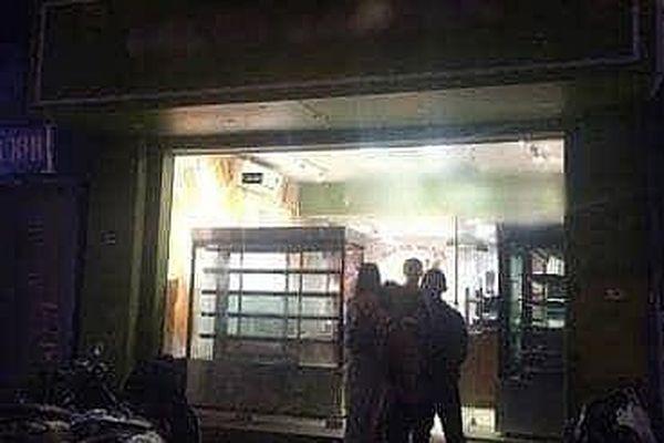 Vụ cô gái tử vong tại tiệm bánh: Không phải tự tử như tin đồn…