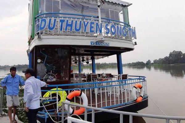 Công ty TNHH Sông Thủ hoạt động du thuyền không phép trên sông Sài Gòn