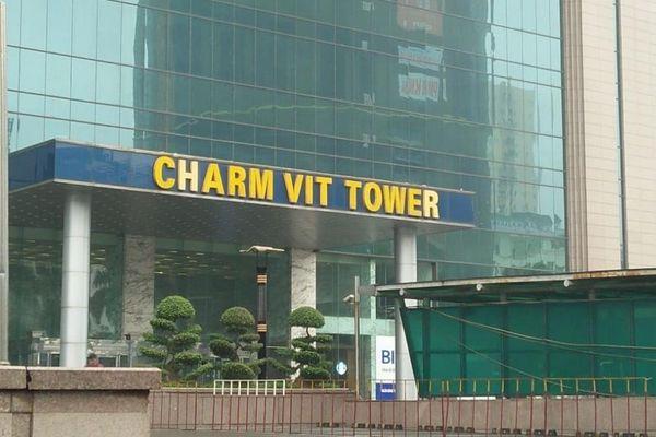 Nhiều dấu hỏi quanh các vụ xô xát, cự cãi ở tòa nhà Charmvit