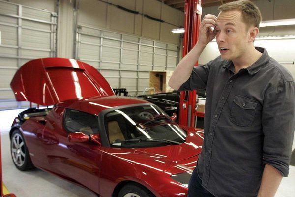 '100 năm mới có một doanh nhân xe hơi như Elon Musk'