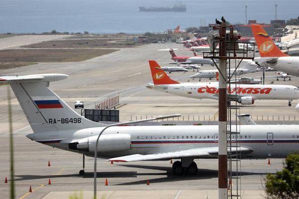 Máy bay quân sự Nga hạ cánh tại sân bay Venezuela