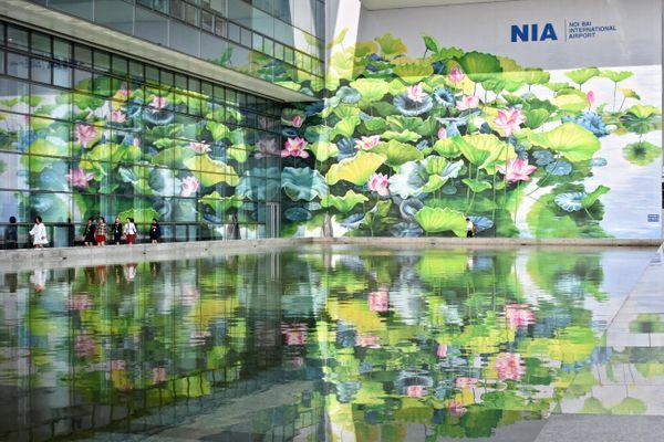 Tranh hoa sen ở Nội Bài giành giải Vàng cuộc thi thiết kế quốc tế
