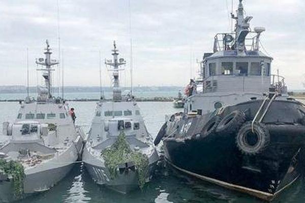 Nga-Ukraine bí mật đàm phán trao trả tù nhân bị bắt gần Eo biển Kerch