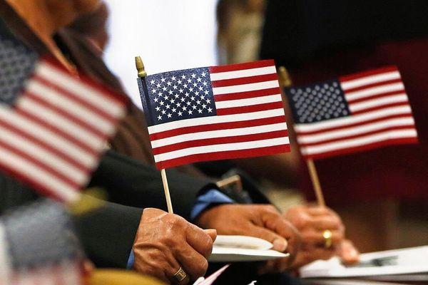 Mỹ điều chỉnh bài kiểm tra nhập tịch lần đầu tiên sau 10 năm