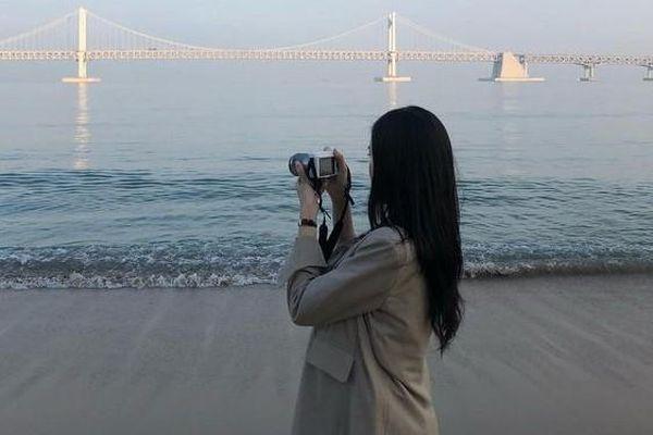 Đi du lịch hay 'sống ảo' để 'nuôi' mạng xã hội, câu like?