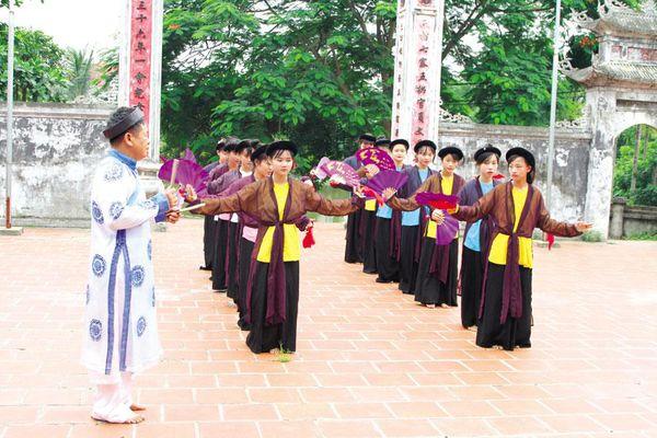 Bảo tồn hát Dô - 'viên ngọc quý' của văn hóa dân tộc: Chữ 'mong' biết mấy cho vừa