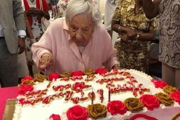 Bí quyết sống thọ của bà cụ 107 tuổi: Không kết hôn