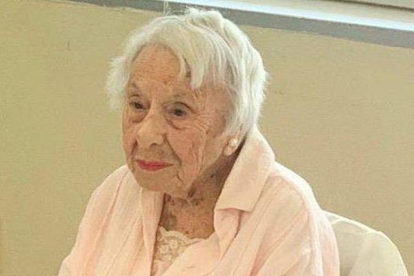 Không kết hôn, người phụ nữ 107 tuổi hé lộ bí quyết sống thọ