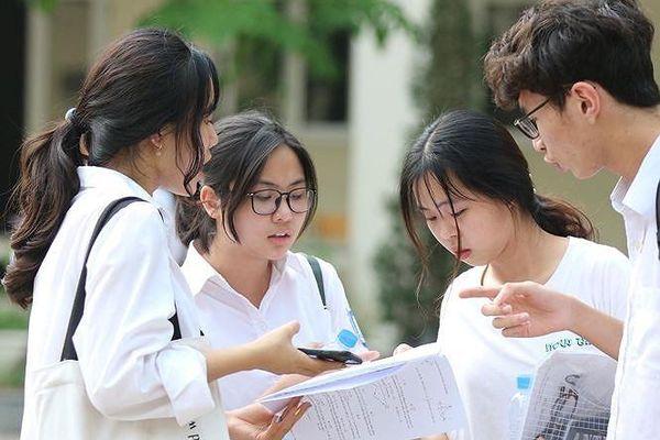 Vụ hàng loạt bài thi tăng điểm mạnh sau phúc khảo: 34 thí sinh bị điểm 0 không tô sai, tô mờ