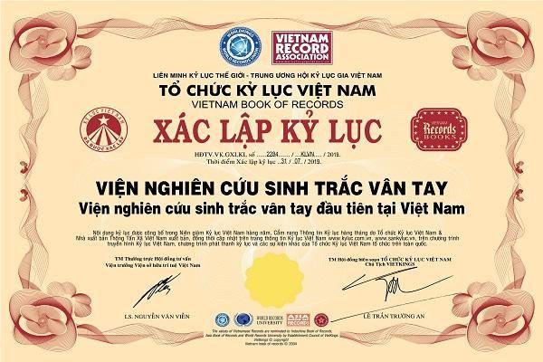 Kỷ lục Việt Nam: Viện nghiên cứu sinh trắc vân tay đầu tiên tại Việt Nam