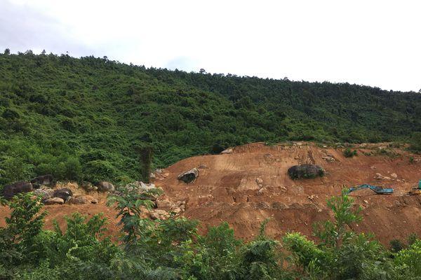 Cận cảnh nhiều hạng mục xây dựng không phép tại dự án núi Thần Tài của Công ty DHC Suối Đôi