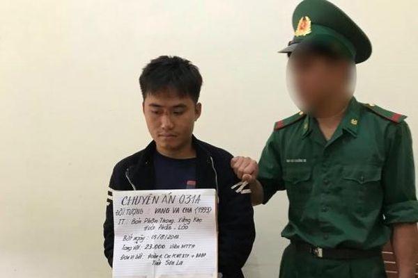 Bắt giáo viên người Lào vận chuyển 23.000 viên ma túy vào Việt Nam