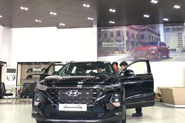 Hyundai Elantra, Kona đua nhau giảm giá lên đến 20 triệu đồng