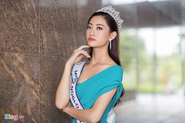 HH Lương Thùy Linh mở lại trang cá nhân sau 3 ngày đăng quang