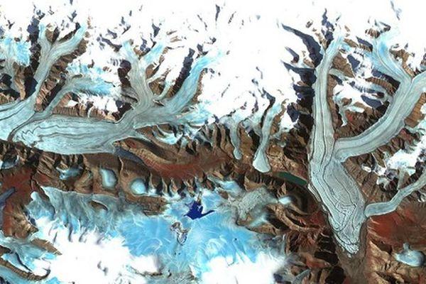 Kinh ngạc vẻ đẹp của Trái đất khi nhìn từ trên cao