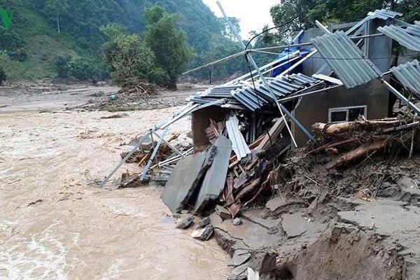 Dự báo mưa lớn ở nhiều nơi, cảnh báo lũ quét và sạt lở đất