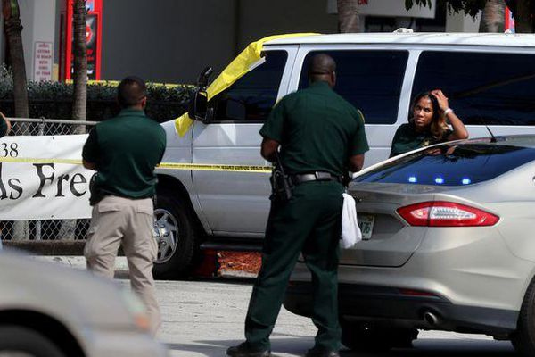 Mỹ lập tức đóng cửa, điều tra trường mẫu giáo vì để trẻ chết trên xe đưa đón