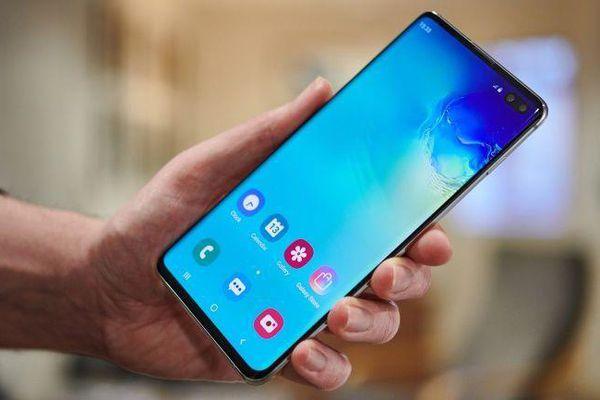 Galaxy Note10 sở hữu sạc thần tốc, Samsung trở lại cuộc đua