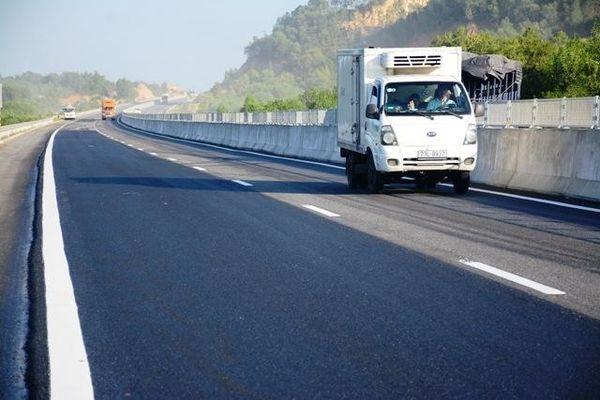 Sớm giải quyết các vướng mắc tại cao tốc Đà Nẵng - Quảng Ngãi