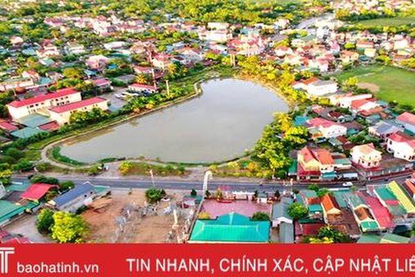 Thị trấn miền núi Hà Tĩnh phát triển TM-DV, xây dựng đô thị văn minh