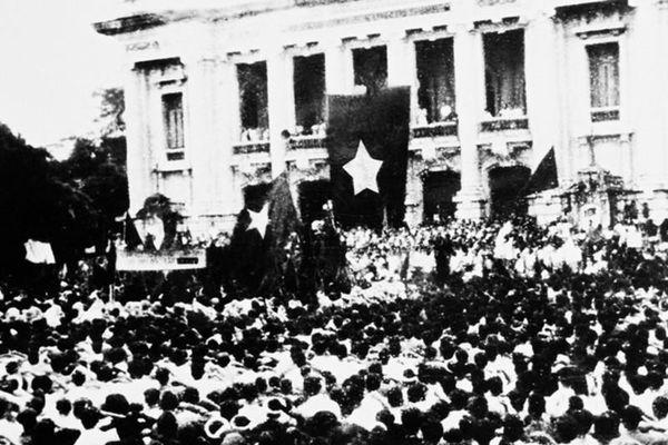 Cách mạng Tháng Tám, những ngày Hà Nội sục sôi