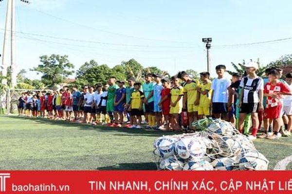 Trung tâm TDTT Hà Tĩnh tuyển sinh đào tạo bóng đá trẻ các lứa tuổi U11, U13