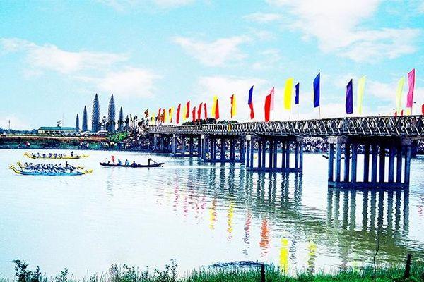 Kỷ niệm 65 năm Ngày truyền thống huyện Vĩnh Linh