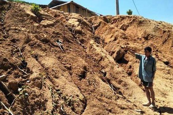 Huyện Mường Lát, Thanh Hóa: Sống thấp thỏm bên khu tái định cư mới Na Chừa
