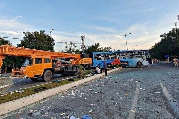 Khởi tố vụ án 2 xe khách tông nhau khiến hàng chục người thương vong ở Khánh Hòa