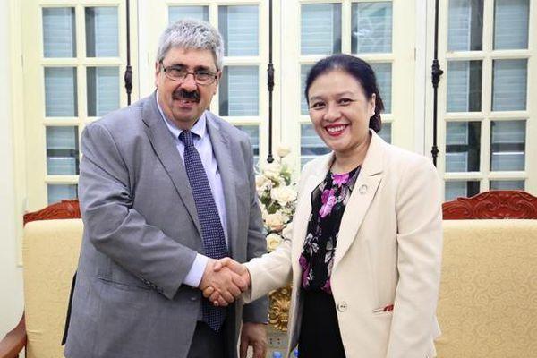 Việt Nam - Uruguay: Tăng cường hiểu biết, giao lưu giữa nhân dân hai nước