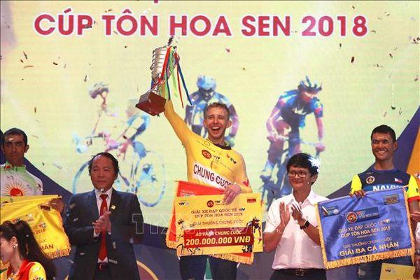 VĐV Parra Jordan (đội Bikelife Đồng Nai) nhất chặng 3 Giải xe đạp quốc tế VTV Cúp Tôn Hoa Sen 2019