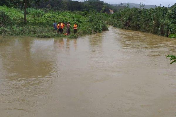 Đi hái măng rừng, thanh niên ở Lâm Đồng bị nước cuốn mất tích