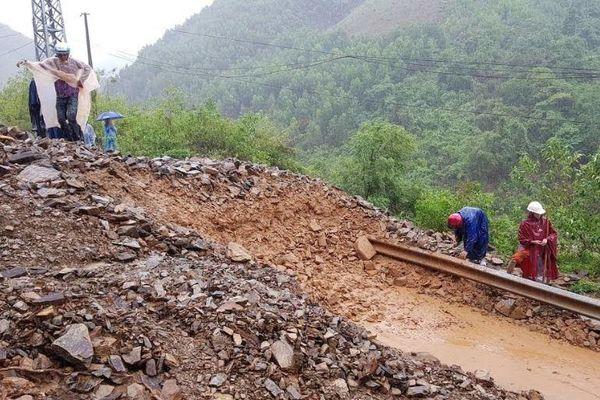 Quảng Trị: Khẩn trương thực hiện công tác di dời dân ra khỏi vùng bị ngập lụt