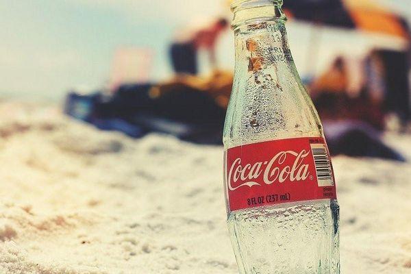 Hai ly nước ngọt mỗi ngày tăng nguy cơ tử vong sớm