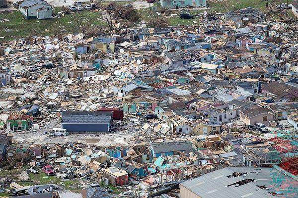 Bahamas hoang tàn như tận thế sau 'siêu bão quái vật' Dorian, 20 người thiệt mạng