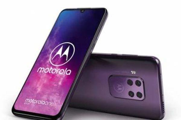 'Soi' công nghệ và tính năng trên smartphone mới ra mắt của Motorola