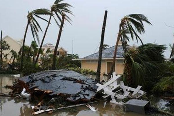 Bão Dorian quét qua Bahamas gây thiệt hại 7 tỷ USD