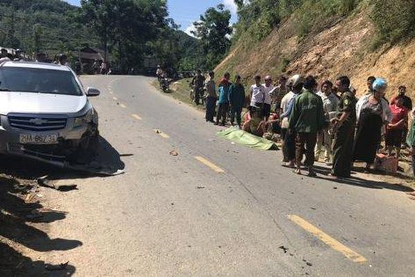 Tông vào đầu ôtô, nam thanh niên đi xe máy tử vong tại chỗ