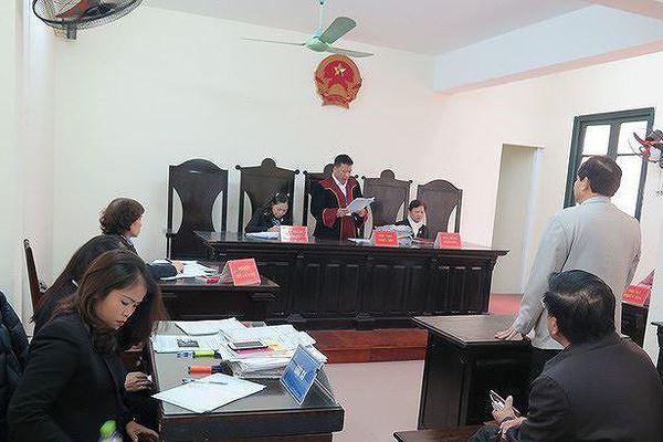 Điểm nhấn giáo dục: Vì sao khôi phục lại chức danh PGS cho ông Hoàng Xuân Quế?