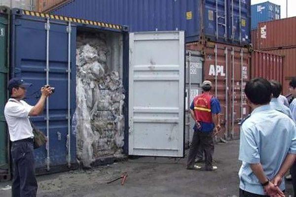 Công an TPHCM bắt cựu cán bộ hải quan cửa khẩu Cảng Sài Gòn